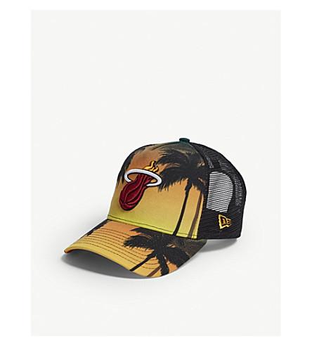 NEW ERA 迈阿密热海岸卡车司机 snapback 盖帽 (橙色深绿色
