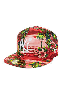 NEW ERA Hawaiian print 59fifty cap