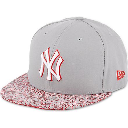 NEW ERA 59fifty crackle visor cap (Grey/red