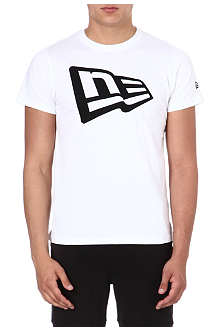 NEW ERA Flag logo t-shirt