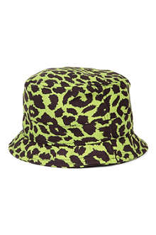 NEW ERA Jeremy Scott leopard bucket hat