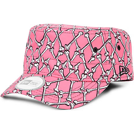 NEW ERA Jeremy Scott bones military hat (Pink