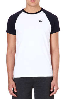 NEW ERA Raglan t-shirt