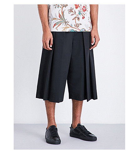 MCQ ALEXANDER MCQUEEN Atami wide-leg wool shorts (Darkest+black