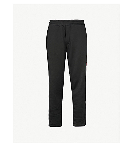 MCQ ALEXANDER MCQUEEN 面板徽章直平纹针织面料慢跑裤 (深色 + 黑色