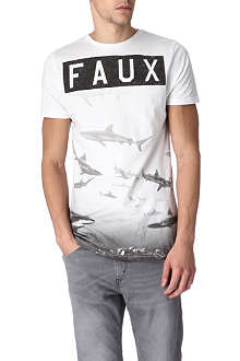 FRIEND OR FAUX Reef t-shirt