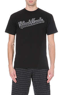 BLACK SCALE Strikeout Logo t-shirt