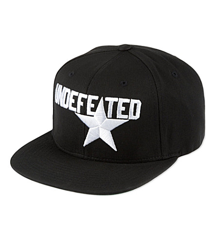 UNDEFEATED Star Starter cap (Black
