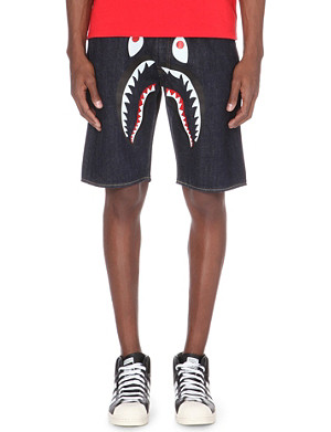 A BATHING APE Shark-motif denim shorts
