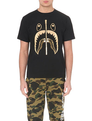 A BATHING APE Shark print t-shirt