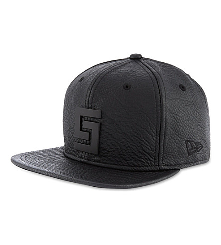 CROOKS AND CASTLES Thuxury Greco logo cap (Black
