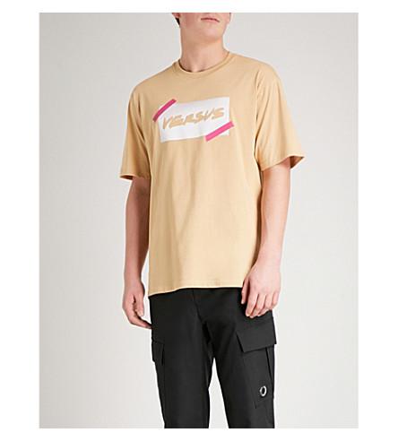 VERSACE VERSUS Logo-print cotton-jersey T-shirt (Chino+print