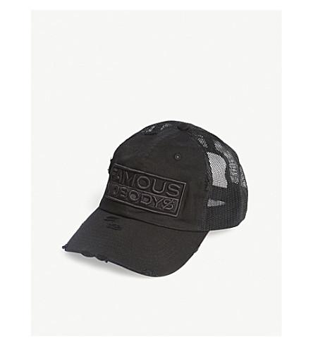 FAMOUS NOBODYS Lamyland statement trucker cap (Black