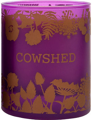 COWSHED Limited Edition Winter Berries candle