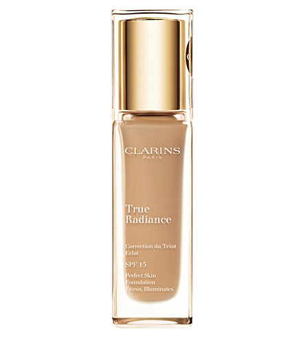 CLARINS Skin Illusion Natural Radiance Foundation SPF 10 (Amber