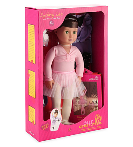 OUR GENERATION Sydney Lee deluxe doll with book