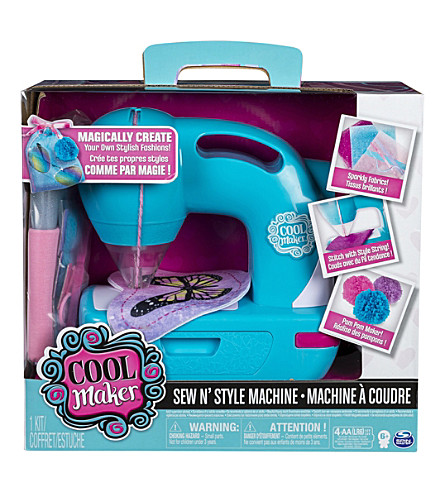 SEW COOL Sew 'n' Style sewing machine set