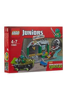 LEGO Junior's Turtle Lair set