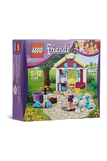 LEGO Friends: Stephanie's newborn lamb