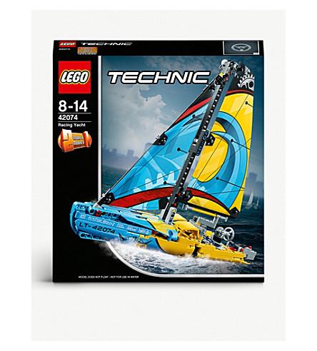 LEGO Technic 2-in-1 racing yacht