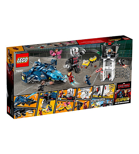 LEGO Super Heroes airport battle