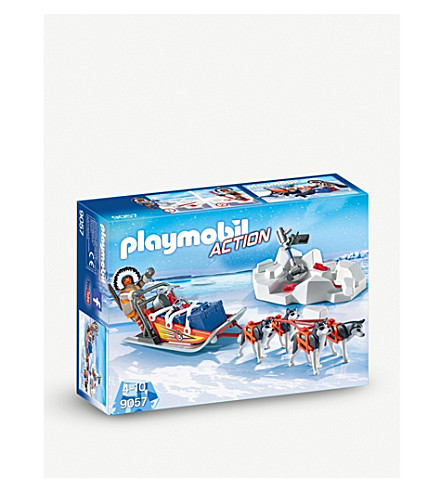 PLAYMOBIL Husky-drawn sled playset