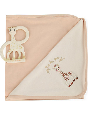 SOPHIE THE GIRAFFE Birth set with teething ring and blanket
