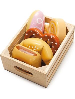 LE TOY VAN Bakers basket