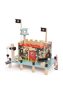 LE TOY VAN Buccaneer's pirate prison fort