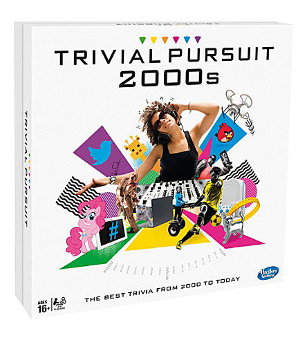BOARD GAMES Trivial pursuit 2000s edition