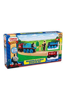 THOMAS THE TANK ENGINE Oval wooden railway starter set