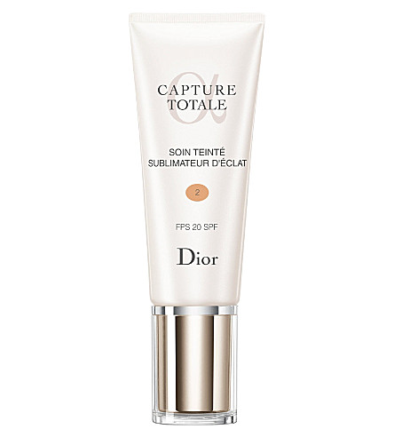 DIOR Capture Totale radiance reveal tinted moisturiser SPF 20 (02