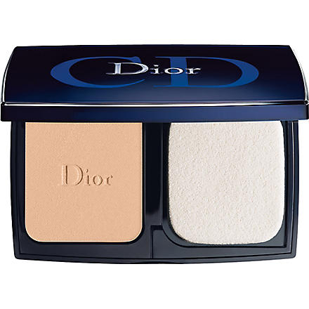 DIOR Diorskin Forever compact SPF 25 (010