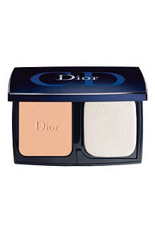 DIOR Diorskin Forever compact SPF 25