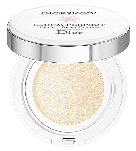 DIOR Diorsnow Bloom Perfect Sun Cushion SPF50 PA+++