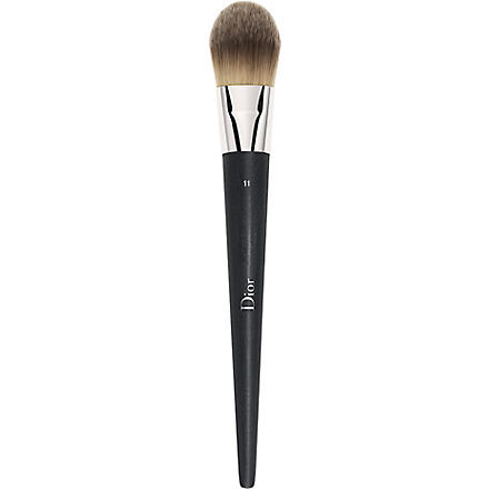 DIOR Fluid foundation brush 11