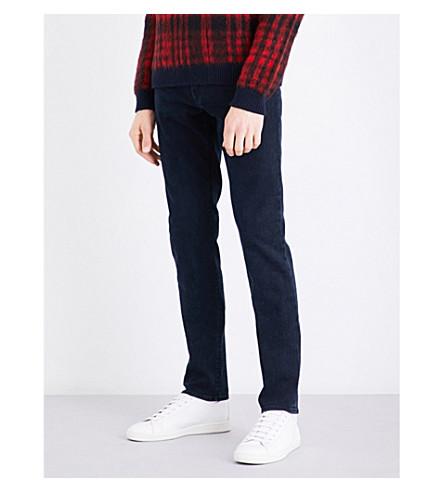 J BRAND 泰勒修身版型牛仔裤 (按额