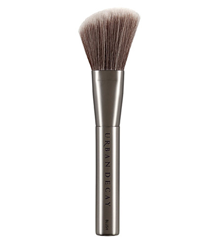 URBAN DECAY Good Karma blush brush