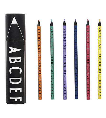DESIGN LETTERS Coloured crayons set of 15
