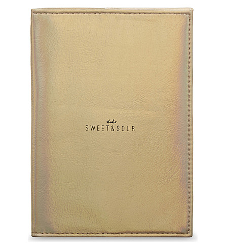 SWEET AND SOUR Metallic passport holder