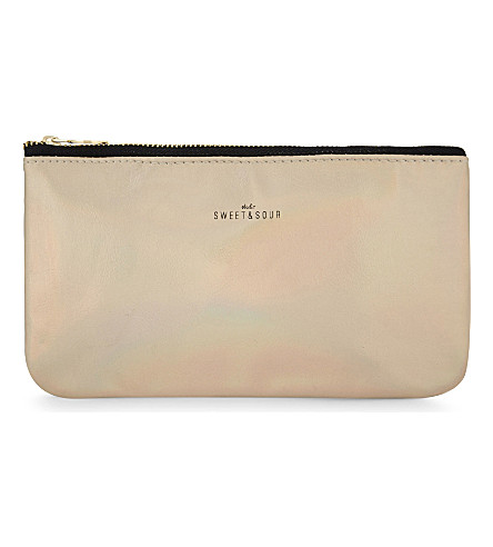 SWEET AND SOUR Ss makeup bag flat s gold grain