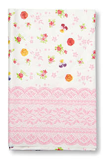 TALKING TABLES Floral table cover