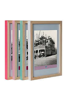 PRESENT TIME Set of four hand-painted photo frames 8