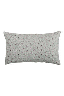 LA CERISE SUR LE GATEAU Paulette pillow cover