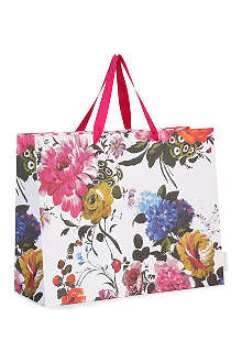 Amrapali gift bag