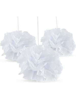 TALKING TABLES 3 pack of white pom pom deocrations