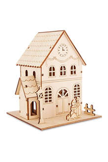 PREMIER DECORATIONS LED wooden house