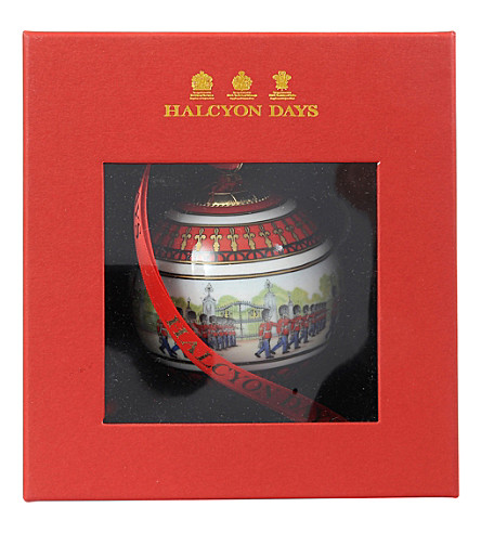 HALCYON DAYS Changing the Guard bauble