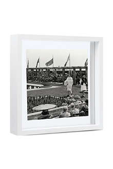 Square floating box photo frame 10
