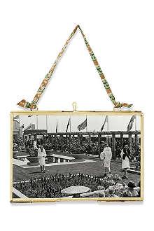 NKUKU Hanging brass frame